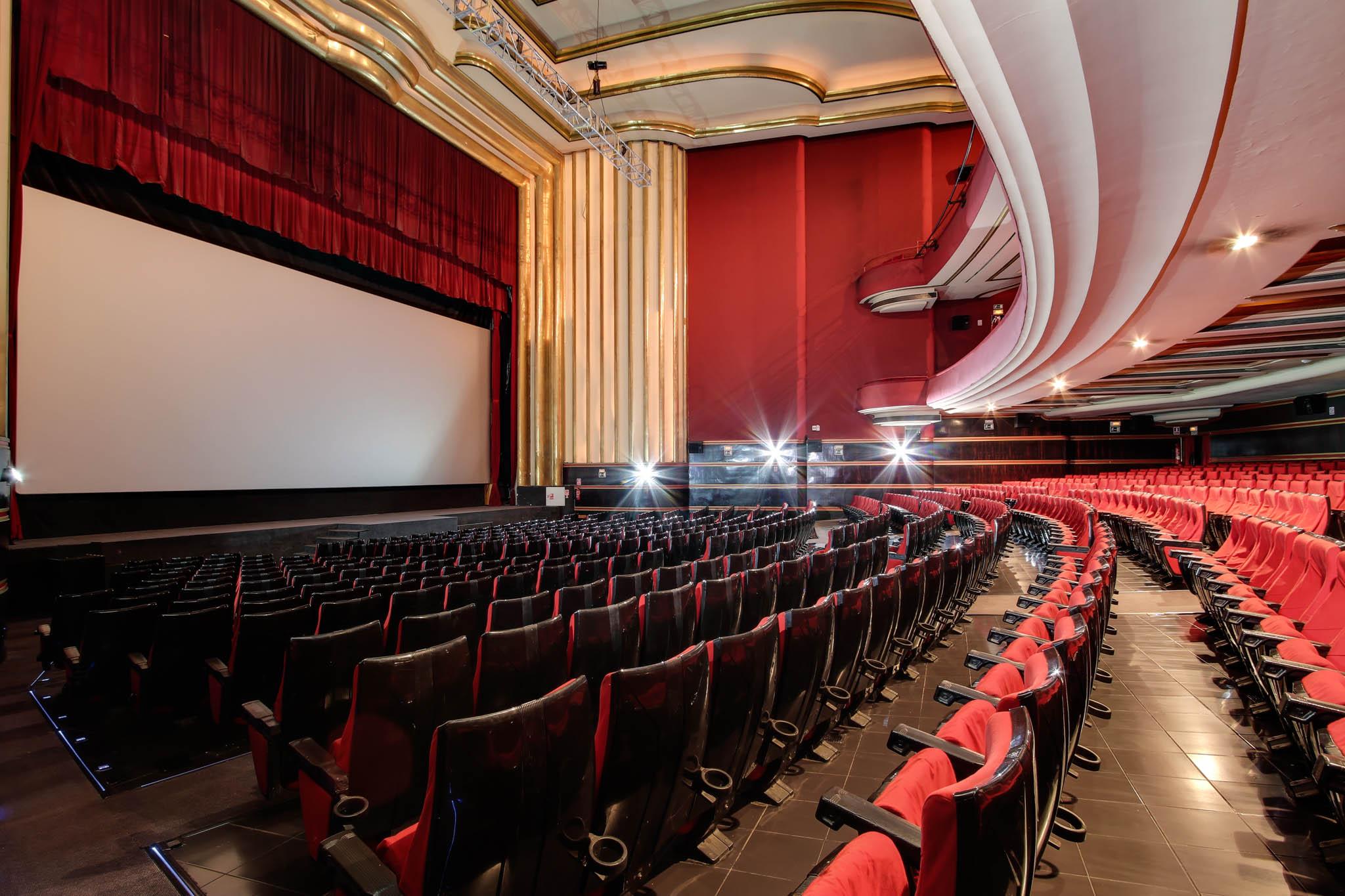 Cartelera de teatro en madrid cartelera y entradas for Cine capitol precio entrada
