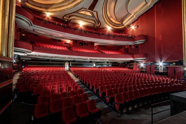 Capitol gran v a obras de humor y comedia venta de entradas Teatro principe gran via