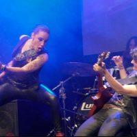 rocking-girls12